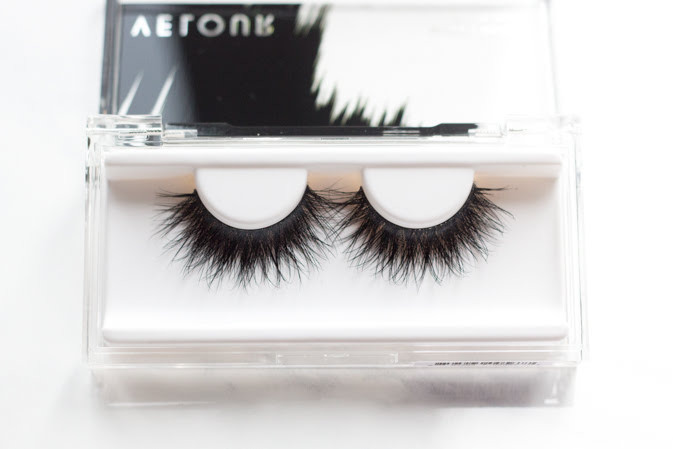 Velour Mink Lashes Skin to Skin