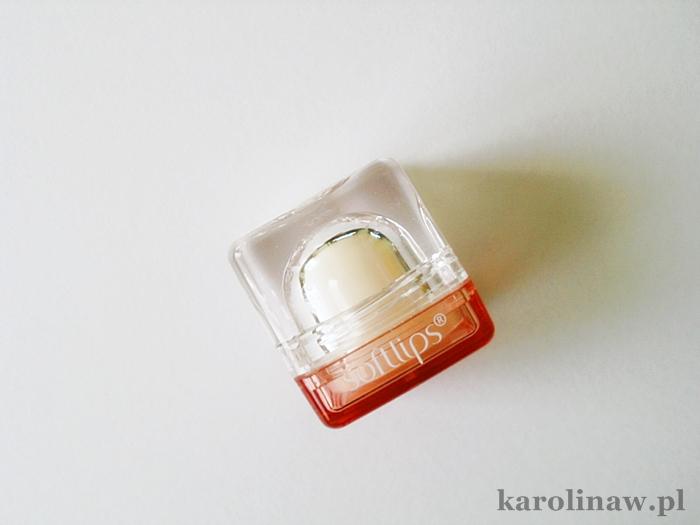 Perfecta Softlips waniliowy balsam do ust 5w1 działanie recenzja opinia blog zapach smak nawilża słodki