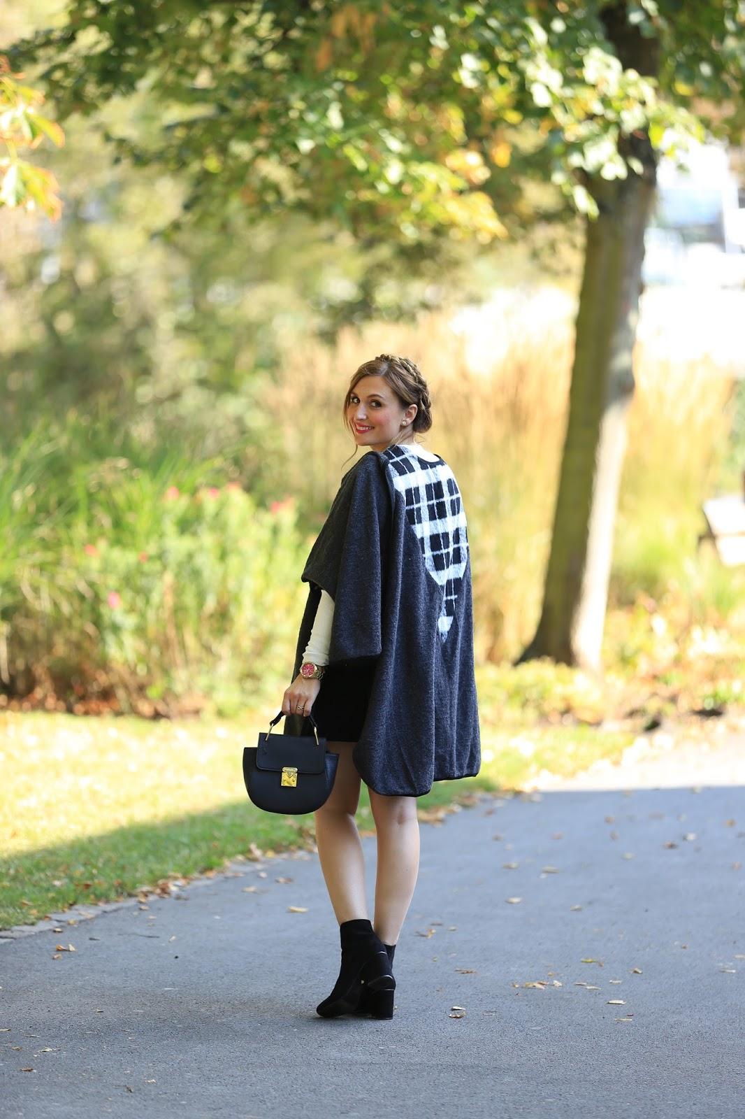 Minkpink-minkpink look Fashionstylebyjohanna-fashionblog-muenchen-munich-blogger-fashionblogger-bloggerdeutschland-lifestyleblog-modeblog-Frankfurt-Was zieht man im Herbst an-Poncho Blog