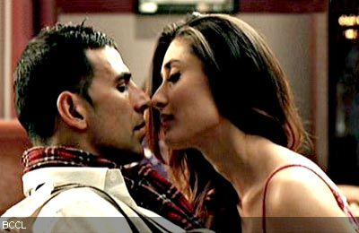 Kareena Kapoor Hot Kiss Video