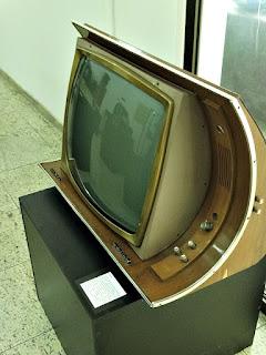 Antigo Aparelho de Televisão - Museu Histórico de Canoas (Dr Sezefredo Azambuja)