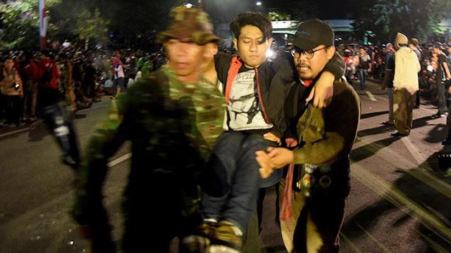 Cerita Pilu Seorang Ayah Menatap Putrinya Tewas dalam Insiden Surabaya Membara