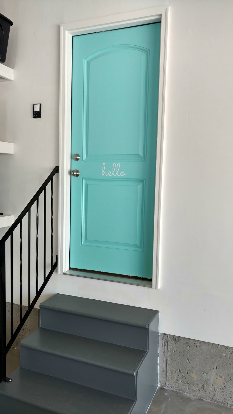 Doors To Garage: How To Update Your Garage Door Entrance