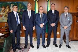 Belivaldo Chagas é recebido pelo presidente Jair Bolsonaro
