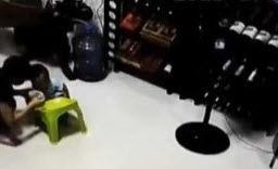Niño Atropellado por Vehículo A travieza su Casa