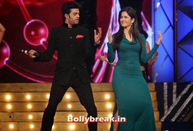 Manish Paul and Katrina Kaif, Bollywood Celebs at Umang Police Show 2014