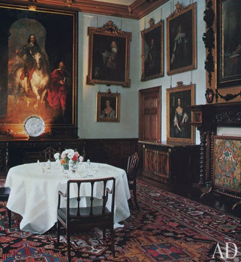 Castle Dining Room: The Sassy Countess Historic Estates And Grand Lifestyles
