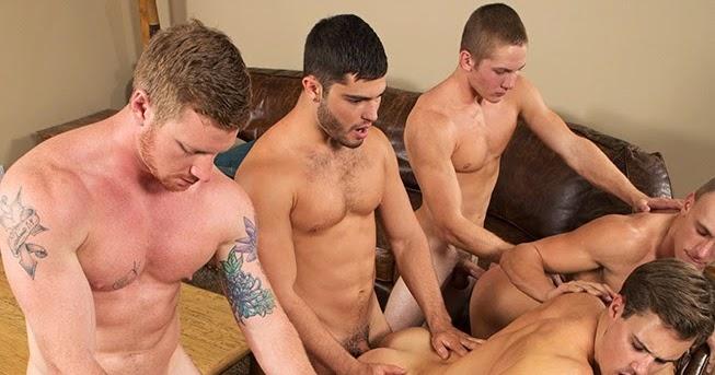 Free pix gay boys