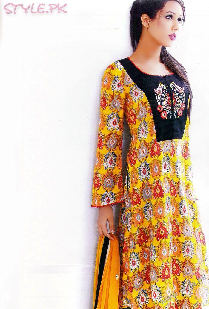 Hottest Fashion Style: Fashion Designer Sonya Battla