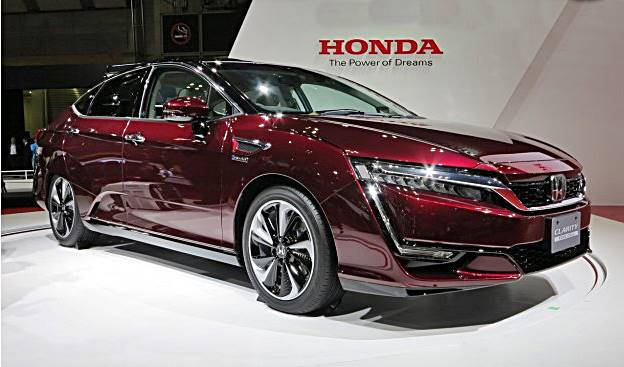 2017 Honda Clarity Fuel Cell Claims Longer Range Than any EV