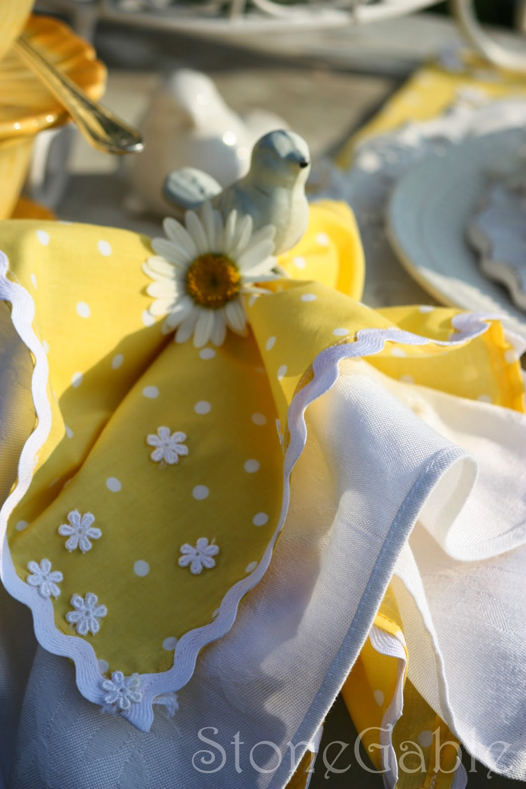 5 INTERESTING WAYS TO USE NAPKINS AND NAPKIN RINGSu2026 A TABLESCAPE SERIES,  PART III Amazing Pictures