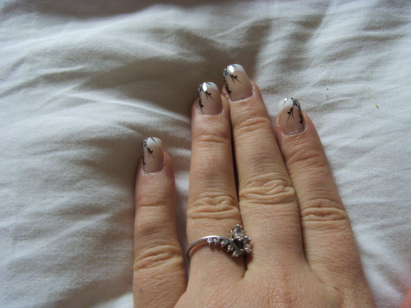 produits claire 39 s faux ongles claire 39 s. Black Bedroom Furniture Sets. Home Design Ideas