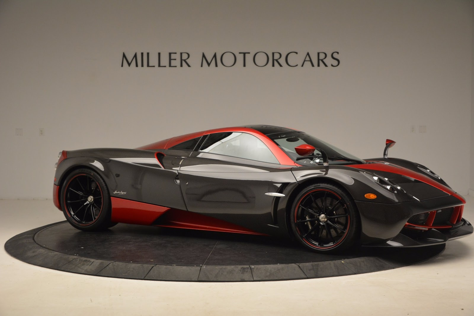 Used Mazda Cx-5 >> Stunning Red And Carbon Fiber Pagani Huayra For Sale In ...