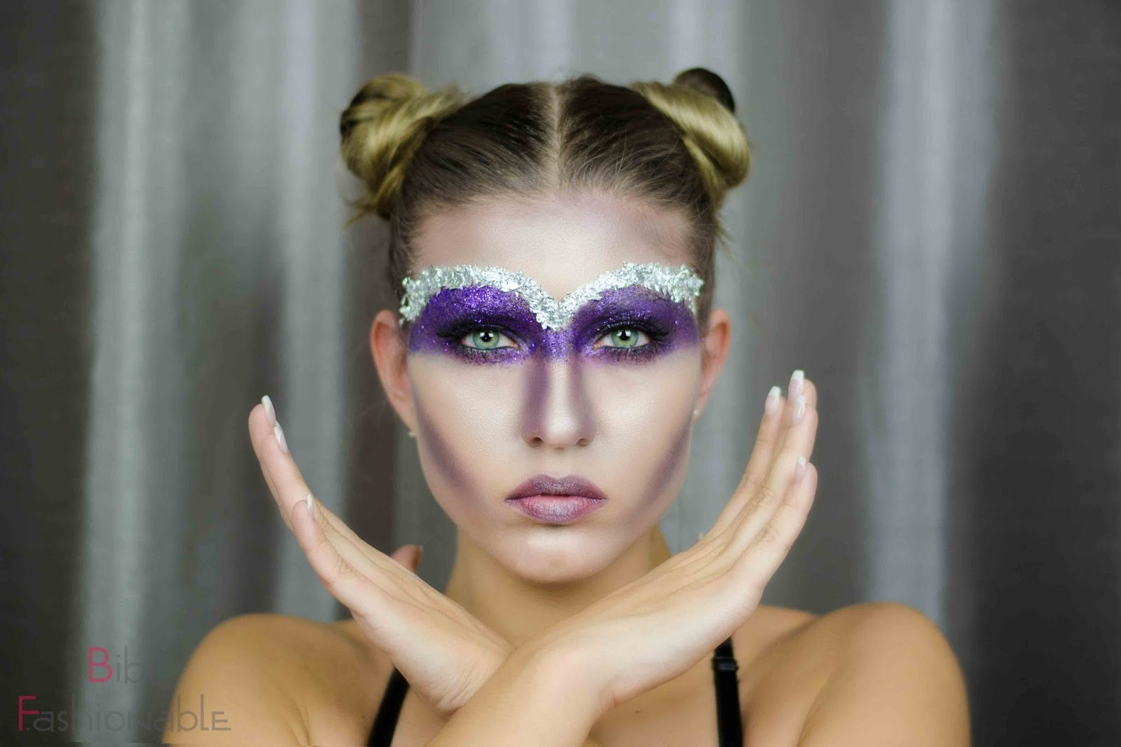 MAC Halloween 2016 Celestial Sorceress inspired Look frontal