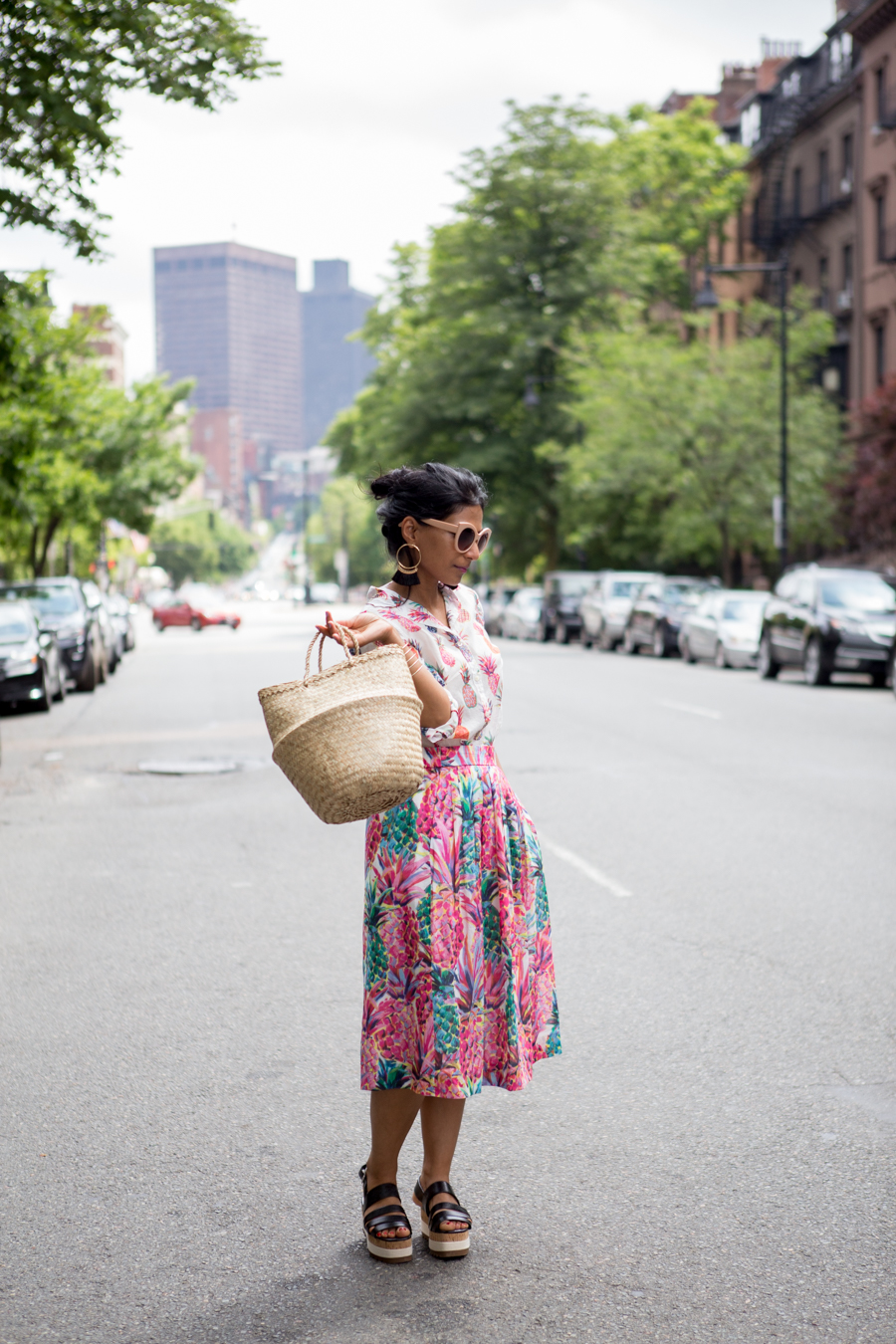 summer style, pineapples, summer prints, petite style, j.crew, preppy, mixing prints, wedges, zara, style tips, summer fashion, petite fashion, petitestylestudio, colorful style