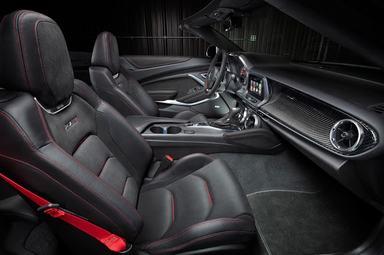 2018 Chevrolet Camaro ZL1 seats