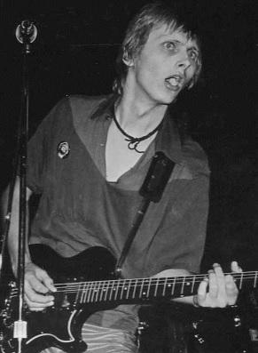 Foto de Freddy Moore cantando en concierto