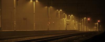 Stacja kolejowa PKP Swarzędz jako symbol rozstania w psychoterapii, pożegnań, przemijania.