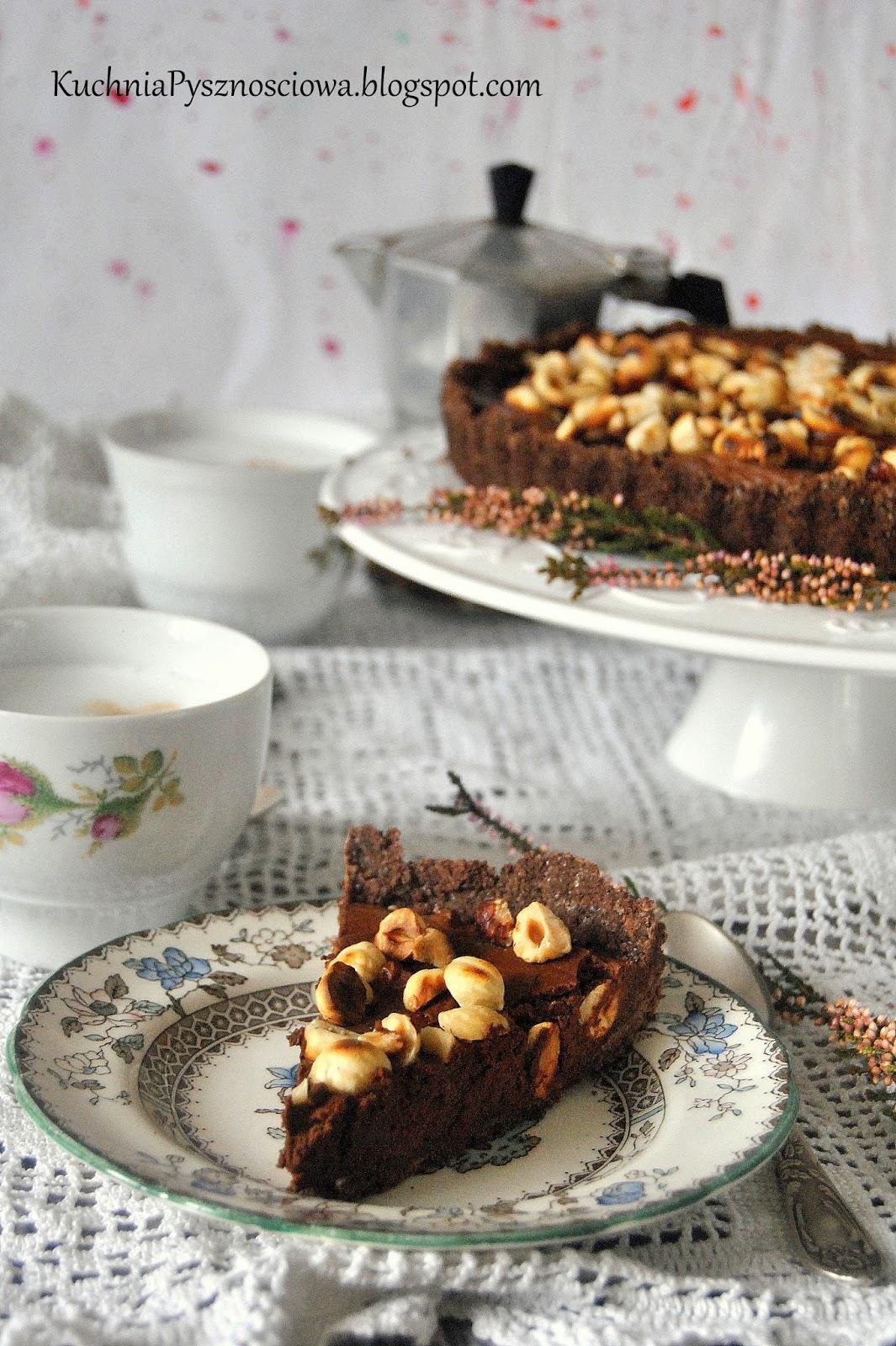 463. Tarta czekoladowa z orzechami (bez pieczenia)