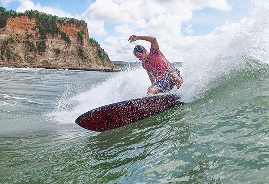 surfing lance's left nicaragua