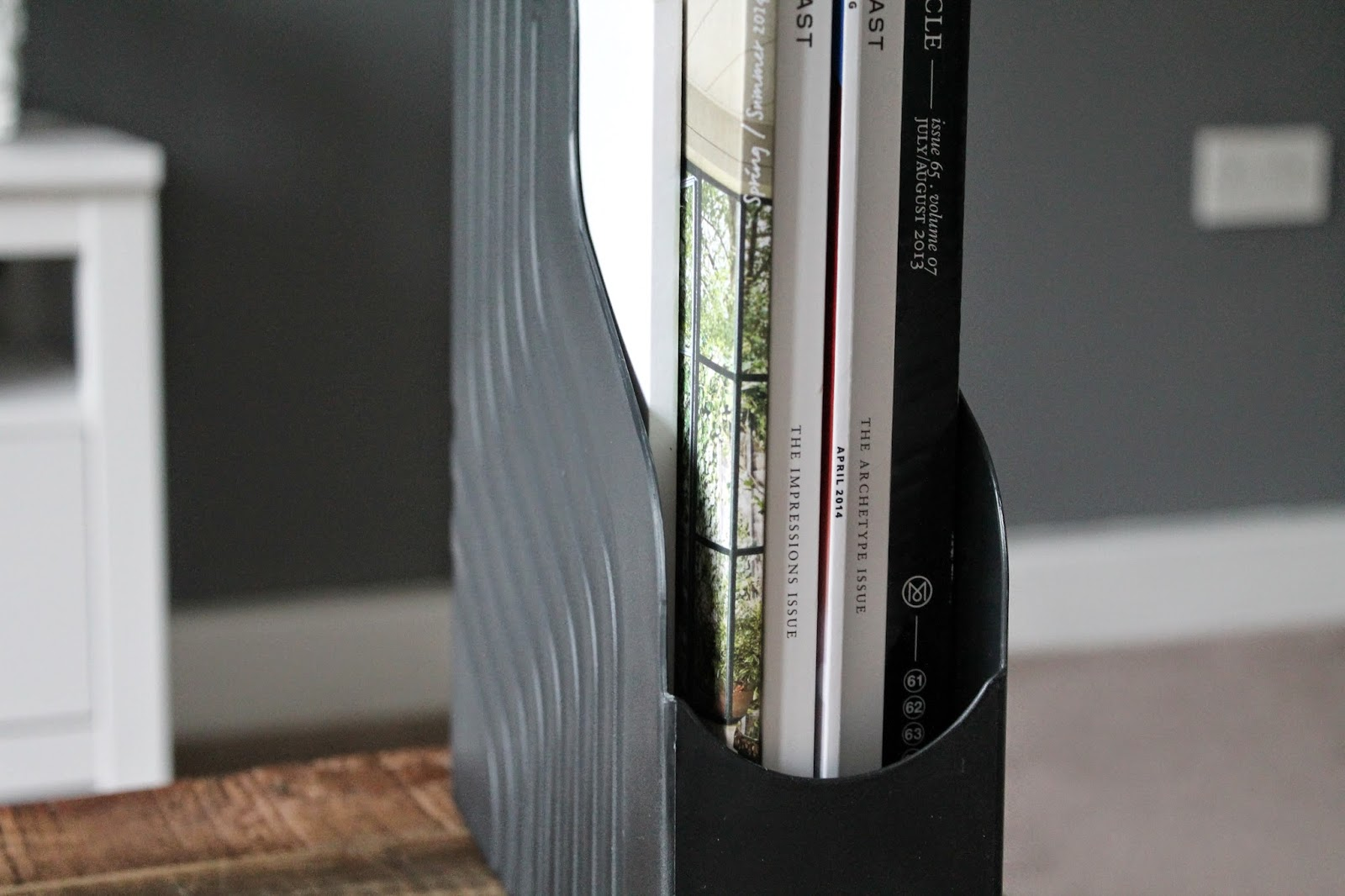 Shoplet Product Review - Avery Original (A4+) 440SX Plastic Magazine Rack (Black)
