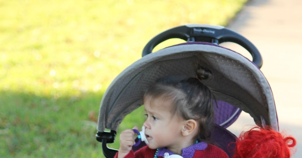 @cristencasados's cover photo for 'Holiday Gift Idea: smarTrike Dazzle 5-in-1 Trike for Ages 10 mo - 3 yr'