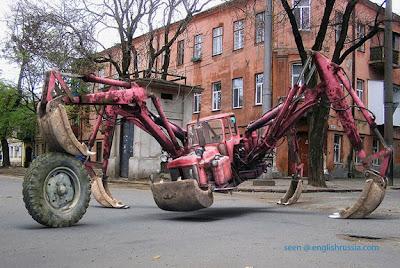 Invento ruso para la construcción muy raro.