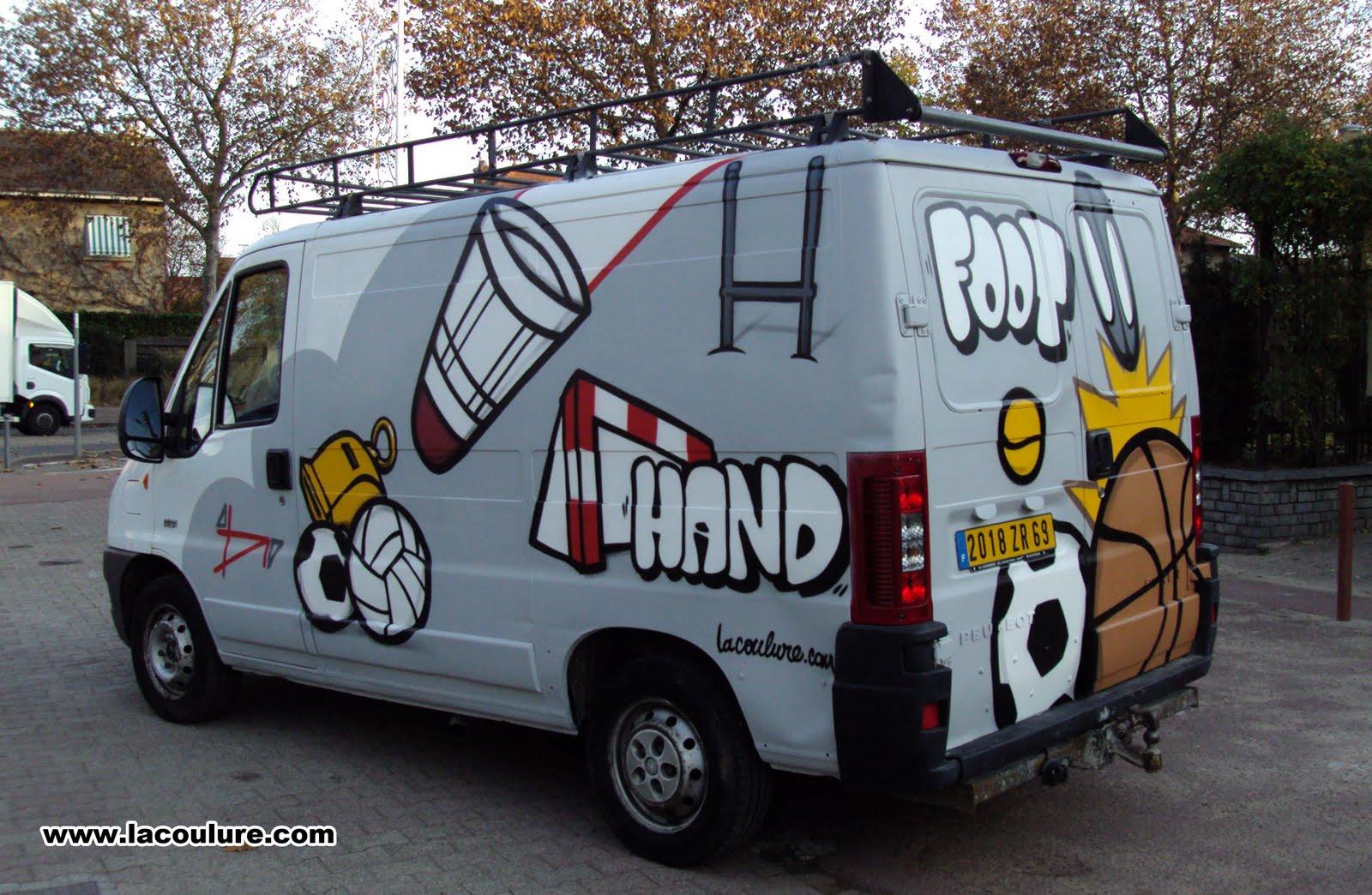 collectif la coulure graffiti lyon camionette sport. Black Bedroom Furniture Sets. Home Design Ideas