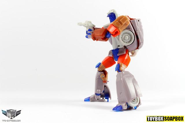 x-transbots masterpiece wheelie
