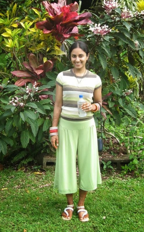 Indian Newly Married Girls On Honeymoon Tour Hot Photos -2199