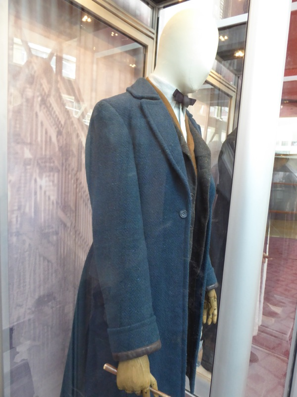 Newt Scamander Fantastic Beasts movie costume