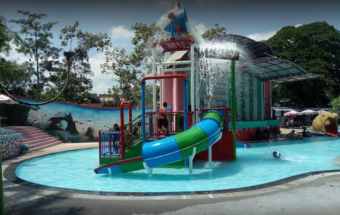 Harga Ticket Masuk Water Park Sumber Udel Blitar Wisata