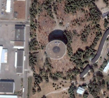 Unusual and clear looking UFO's on Google Earth.