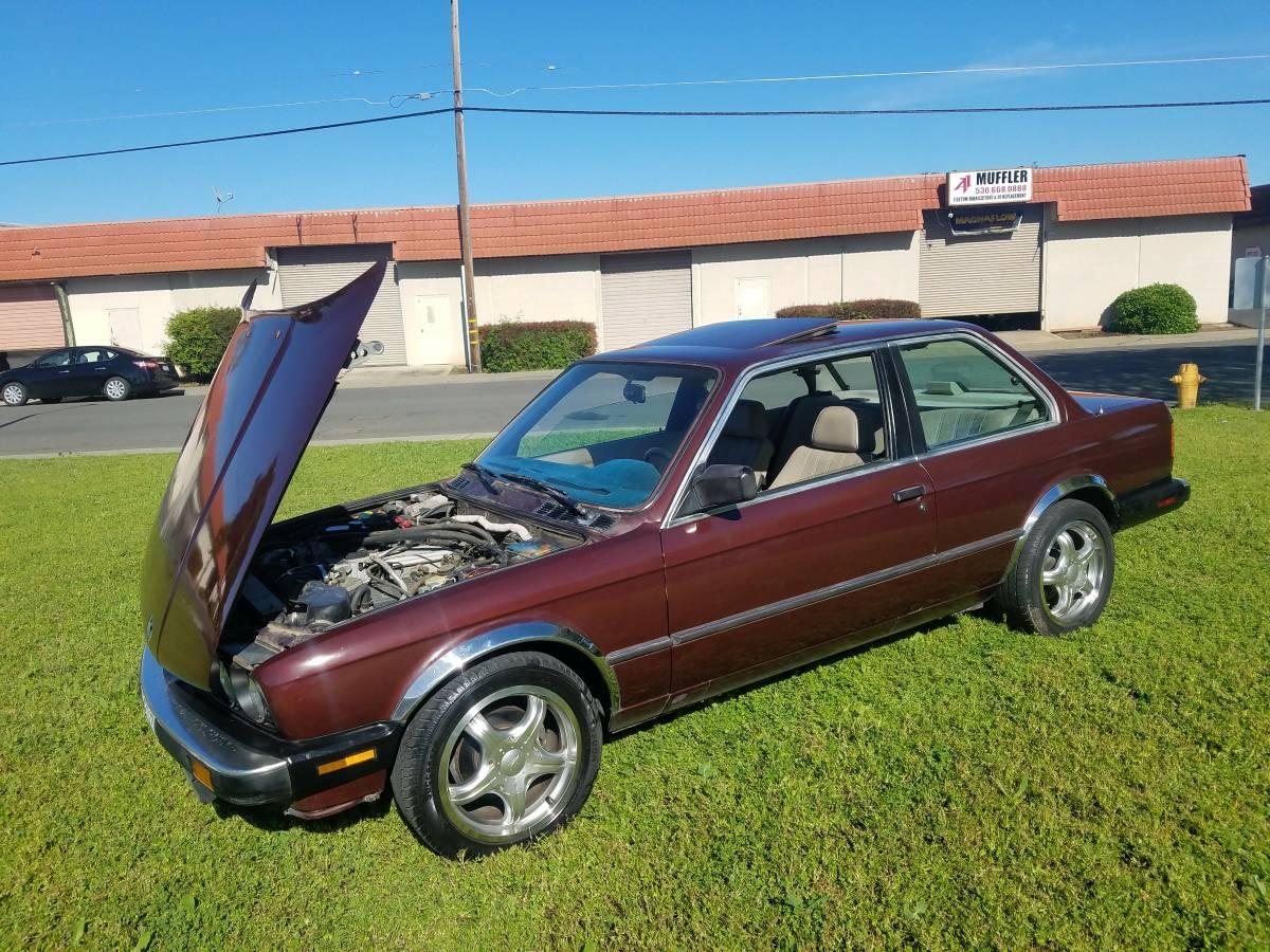 Daily Turismo: V8 Swapped! 1987 BMW 325i LT1