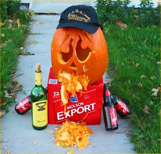 Drunken-Pumpkin-Vomiting-Funny-Picture