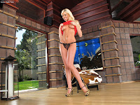 Summer Brielle Taylor In The Crack 469 Complete Full Size Picture Set