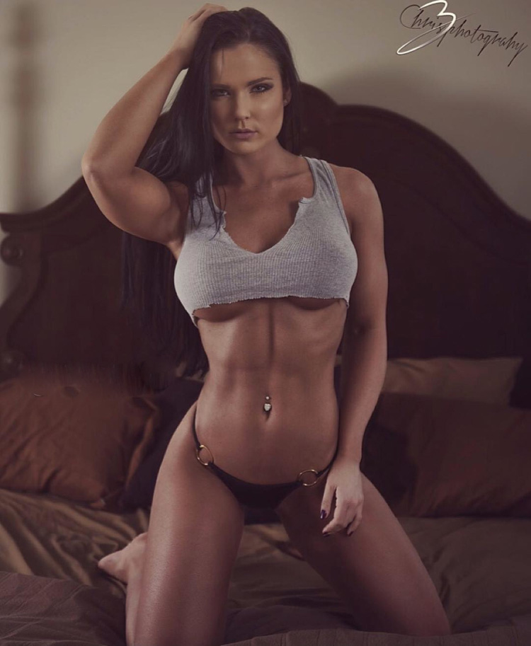 Fitness Model Taylor Anderson 5