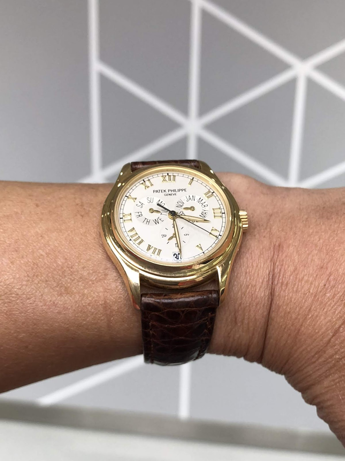 """60eff91a314 Patek Philippe Ref 5035J annual calendar. When you look at it at first  instance ...... Agree with me or not it looks a big """"crowded"""" at the dial  layout."""