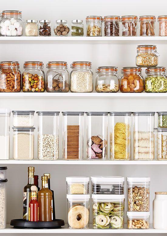 como guardar y ordenar alimentos en tu cocina con el método konmari de Marie Kondo la magia del orden