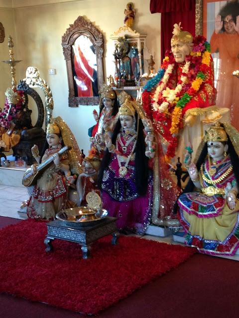 Shirdi Sai Baba Miracles Leela Blessings Sai Nav Guruwar Vrat Miralces   http://www.shirdisaibabaexperiences.org