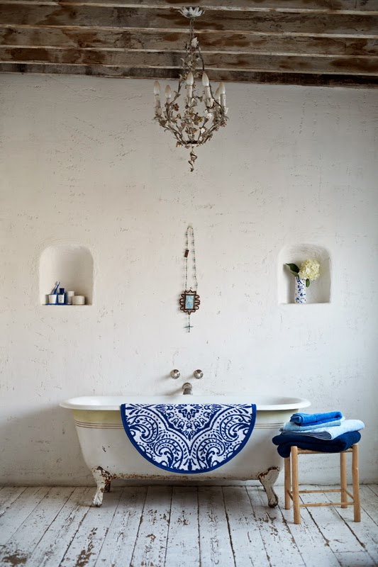 Bañera casa azul5