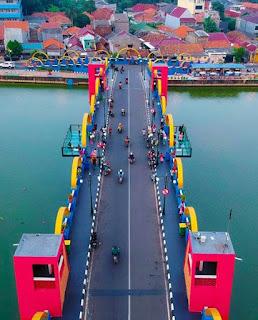 Jembatan Kaca, Icon Baru Kota Tangerang Yang Sedang Hits Dan Populer