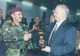الرئيس هادي يلتقي العميد احمد علي عبدالله صالح