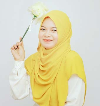 Raisa Hakim