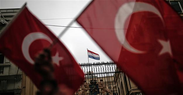 Turkey-Netherlands tension rises amid calls for calm