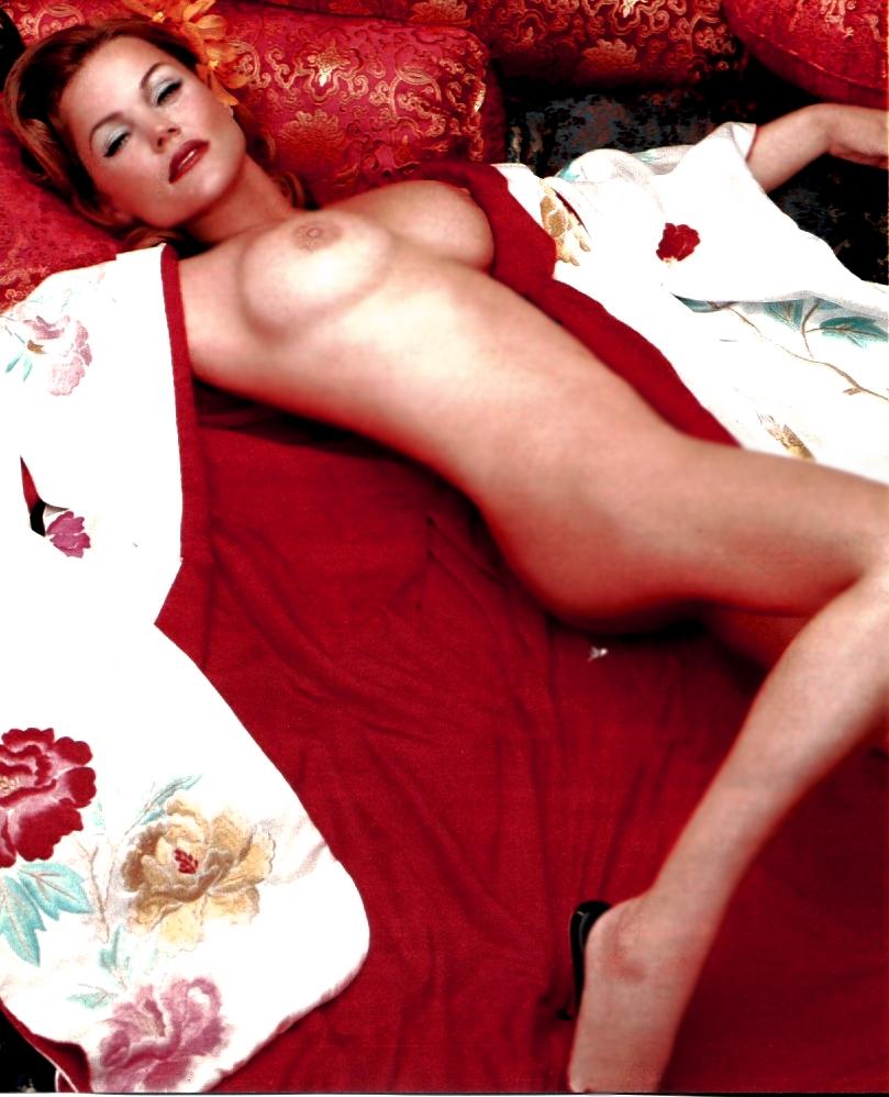frau-belinda-carlisle-topless-fuesse-den-ich