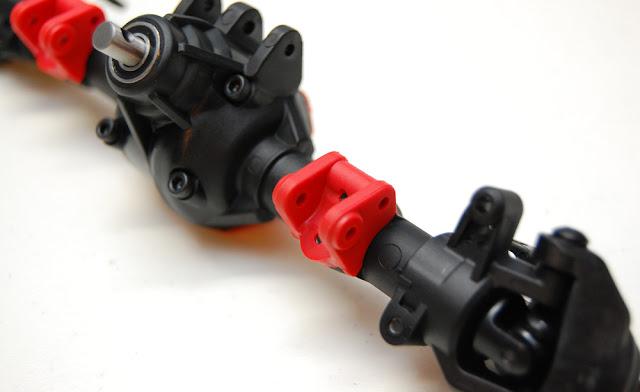 Axial SCX10 II lower shock mount