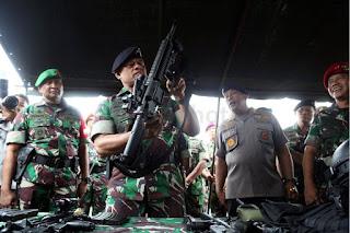 Panglima TNI Desak Filipina Untuk Izinkan TNI Melakukan Operasi MIliter disana Untuk Pembebasan WNI - Commando