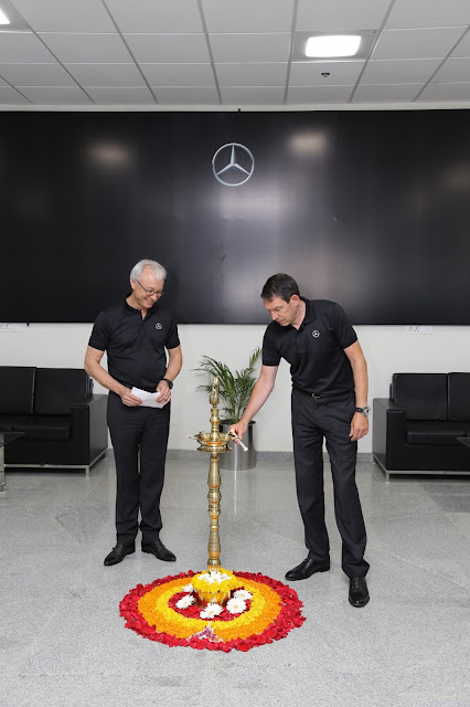 Dr. Till Conrad, Head-Region Overseas Mercedes-Benz Cars and Mr. Roland Folger, MD & CEO, Mercedes-Benz India,lighting the lamp at the inauguration of VPC-