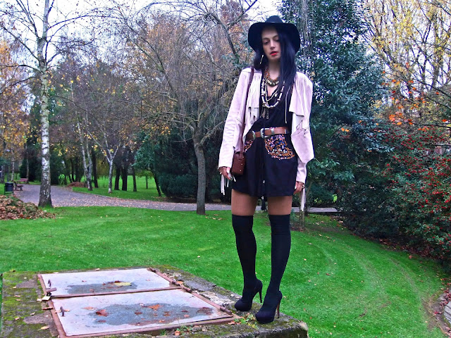 fashion, moda, look, outfit, blog, blogger, walking, penny, lane, streetstyle, style, estilo, trendy, rock, boho, chic, cool, ropa, cloth, garment, inspiration, fashionblogger, art, photo, photograph, fringe, overkneeboot , asos, Avilés, asturias,